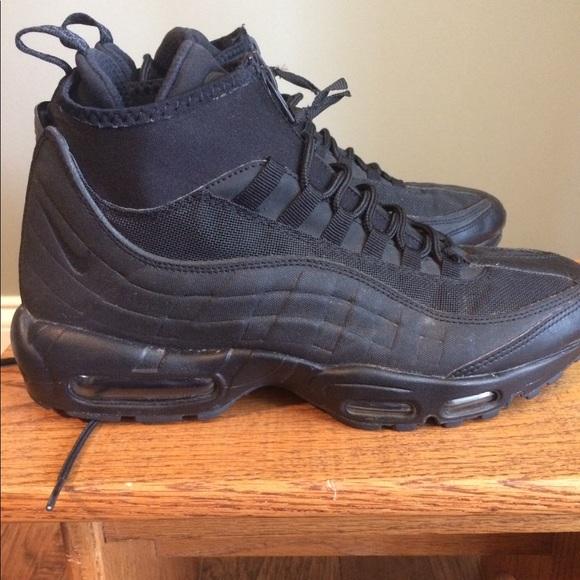 free shipping 72c38 439e5 Black Nike Air Max 95 Sneakerboot Used Size 10. M 5b1ab0fdaaa5b80bd95156e6